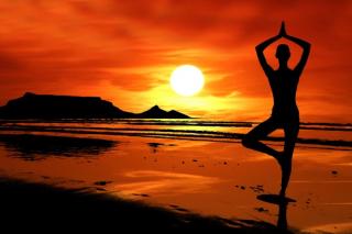 Yoga-silhouette-pxaby